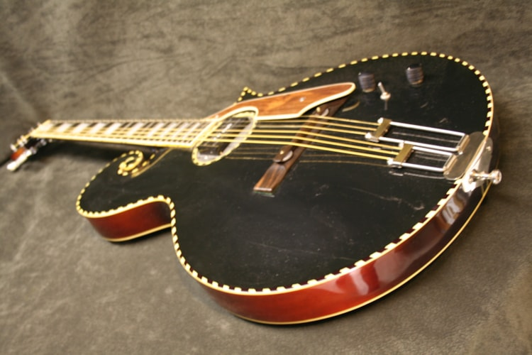 Gibson Bioya  Harp Custom archtop Black - SUNBURST, Very Good, GigBag, Call For Price!
