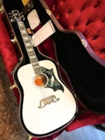 Gibson Gibson Acoustic Custom Shop Limited Edition White Dove Acous