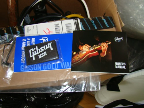 Gibson Guitar Owners Manual, Open Warranty Brand New