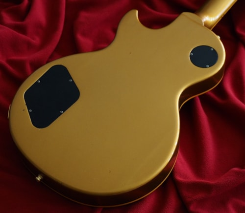 Gibson Les Paul Classic  Gold, Very Good, Hard, $1,899.00