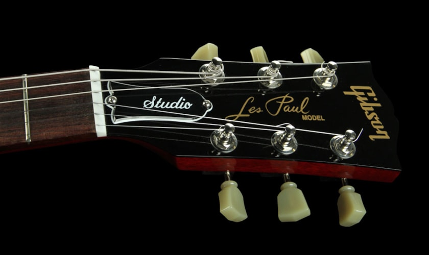 Gibson Les Paul Studio Electric Guitar w/ Rosewood Fretboard Wine Red Excellent, $1,199.00