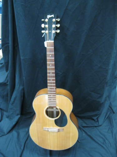 Gibson WM-00 Natural, Excellent, Hard