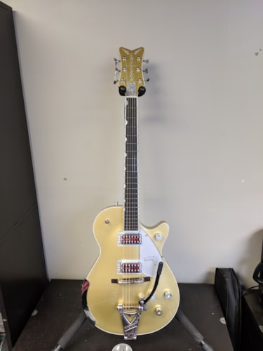 Gretsch G6134T Limited Edition Penguin Casino Gold