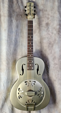 Gretsch  G9201 Honey Dipper Round Neck Resonator