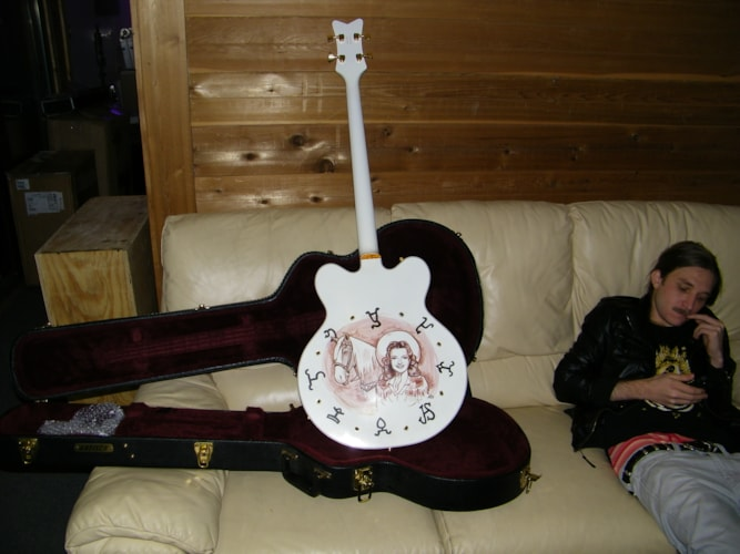 Gretsch white falcon with custom roy rogers graphics whited and gold, Very Good, Hard, $1,999.00