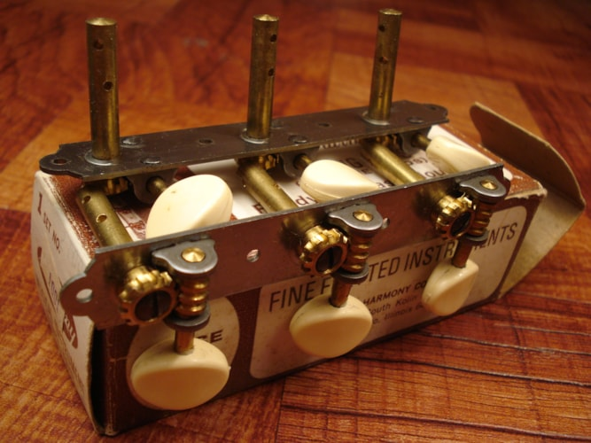 Harmony Tuners Slotted headstock NOS