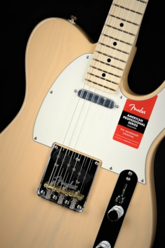 Fender Limited Edition American Professional Telecaster Light Ash - Honey Blonde