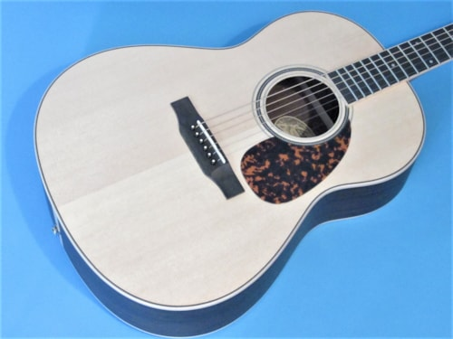 Larrivee L-03R Natural Satin, Brand New, Hard