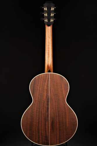 Lowden S-35 12-Fret Red Cedar/Walnut Brand New, Hard