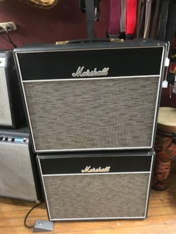Marshall 1974x with matching extension cab