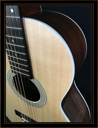 Martin 0-12 Fret with Indian Rosewood Back and Sides and Sitka Spruce Top