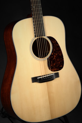 Martin D-18 Authentic 1939 VTS/Blemish