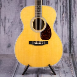 Martin OM-35E Acoustic/Electric, Natural