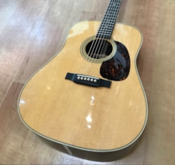 2018 Martin D-28 (2017 New Version)