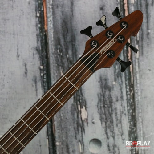 Peavey Grind 5 string bass Very Good, $449.99