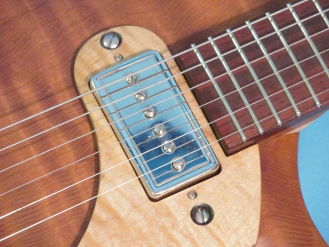 Peter Malinosky Custom Single Pickup Solid Body Natural, Mint, Soft, $1,895.00