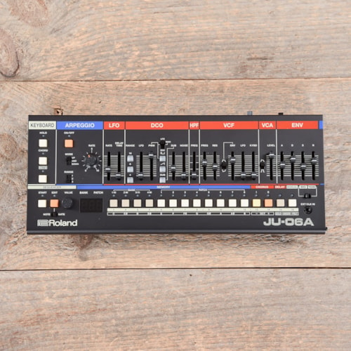 Roland JU-06A Synthesizer USED