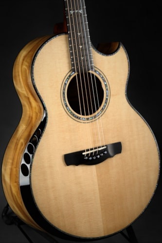 Ryan Nightingale Grand Soloist Myrtle/Sitka Spruce