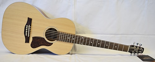 Seagull Entourage  Grand Natural A/E Natural
