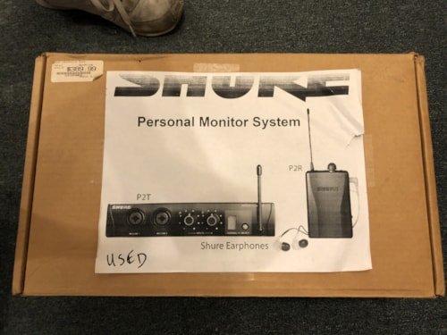 Shure PSM 200  In-Ear Personal Monitoring System