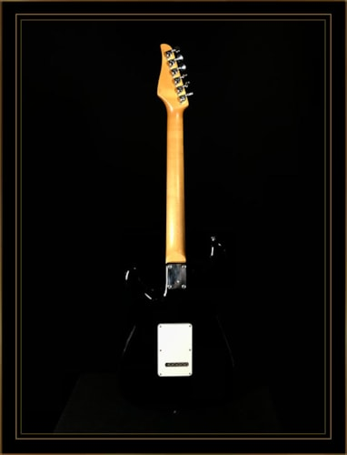 Suhr Classic S Antique HSS with Rosewood Fretboard in Black