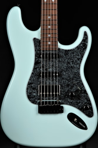 Suhr Classic - Sonic Blue Brand New, Hard