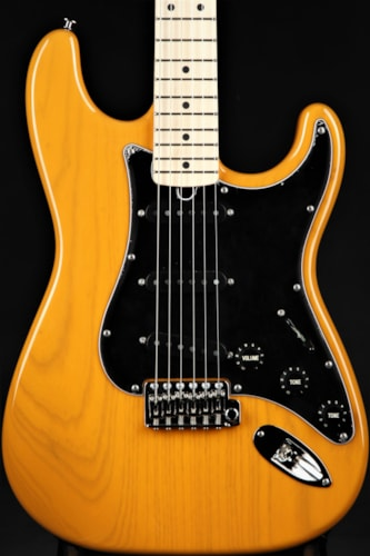 Suhr Classic - Trans Butterscotch Brand New, Hard