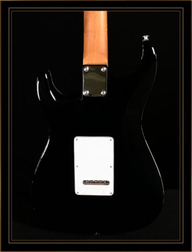 Suhr Standard Plus HSS with Pau Ferro Fingerboard Honey Amber Burst, Brand New, GigBag, $2,995.00