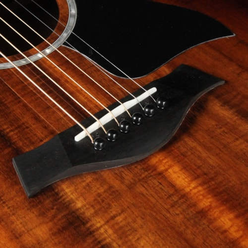 Taylor 224ce-K DLX Koa Grand Auditorium Acoustic-Electric Shaded Edgeburst