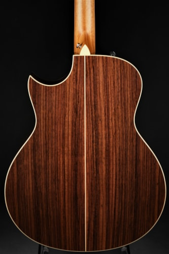 Taylor 816ce Brand New, Hard