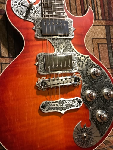 Teye Guitars The Fox sunburst, Brand New, Original Hard