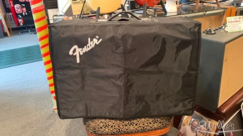 Used Fender FSR Limited Edition '65 Deluxe Reverb-Amp