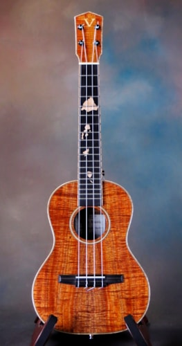 Vento Koa Tenor Near Mint, Original Hard