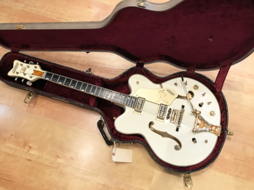 Vintage 1967 Gretsch Stereo White Falcon Hollow Body Electric Guitar