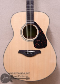 Yamaha FS800 Acoustic Auditorium Guitar