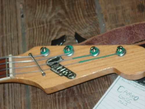 Cameo Deluxe Bass