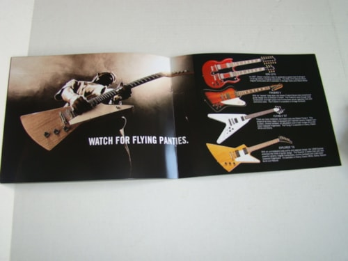 2001 Gibson Guitar/Bass Catalog