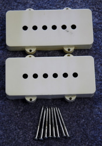1962 Fender® 1962 Fender® Jazzmaster™ Pickup Covers