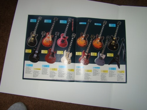 1989 Gibson The Legend Lives On Pamphlet