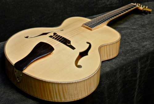 2011 EASTMAN 905NC #9927 SOLD