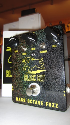 2014 Black Cat Bass Octave Fuzz