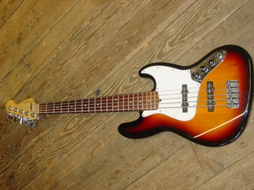2001 Fender® Jazz 5 string