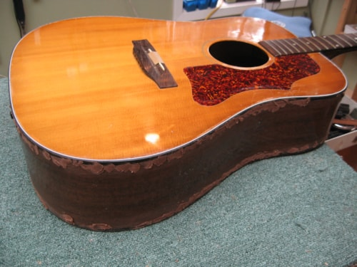 YOUR GIBSON ACOUSTIC J-45