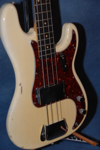 1961 Fender® Precision Bass®