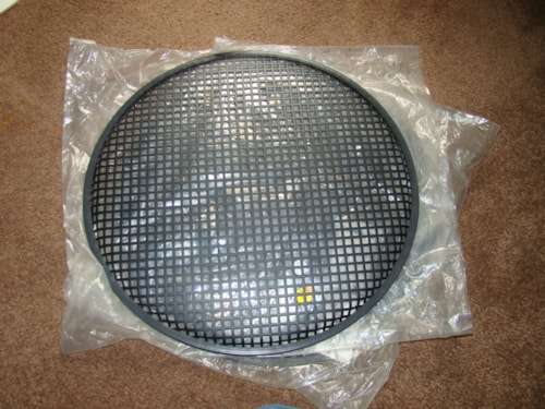 "1995 Speaker Guard 18"" - $10 Each"