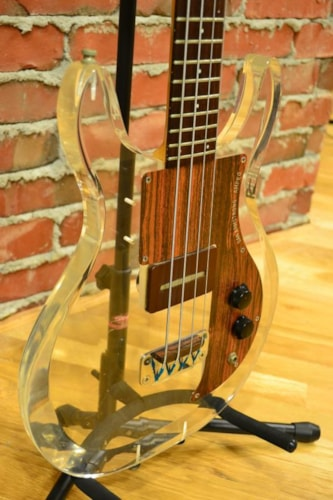 1970 AMPEG DAN ARMSTRONG Ampeg Dan Armstrong Lucite Bass - #200939