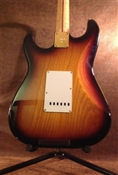 Fender® USA Custom Shop - Stratocaster® Sunburst Tobaccoburst w/ Mapl