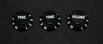 1976 Fender® Stratocaster® Knobs