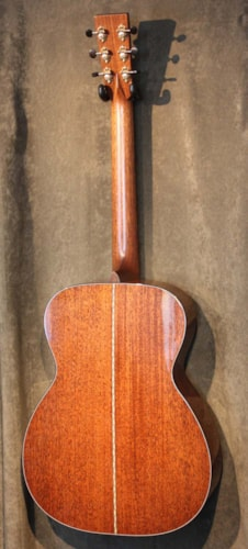 Bourgeois OM Short Scale, Hide Glue