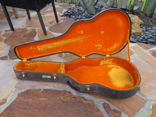 ~1964 Gibson L-5 or L-7 hard case
